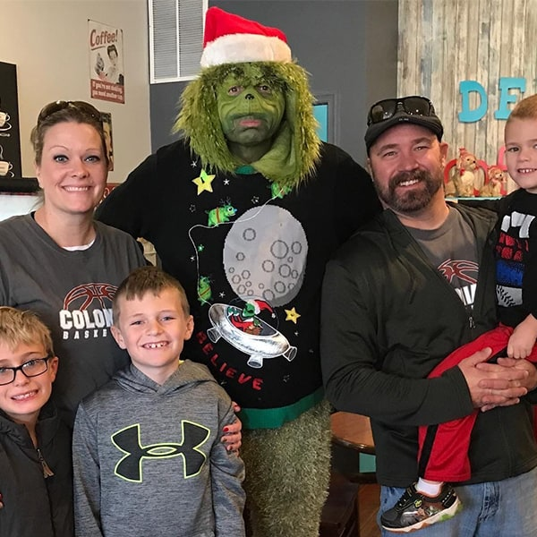 The Grinch Visits 1