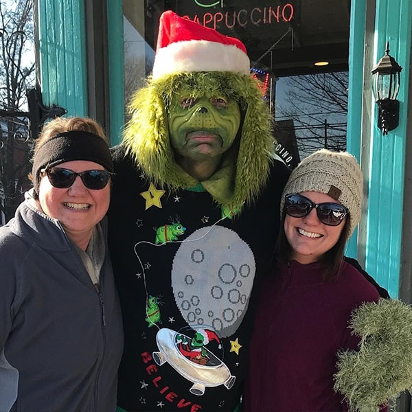 The Grinch Visits 2